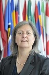 Dr. Ximena Hinrichs Oyarce, LL.M.