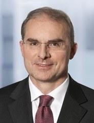 Dr. Stephan Wilske, Maître en Droit